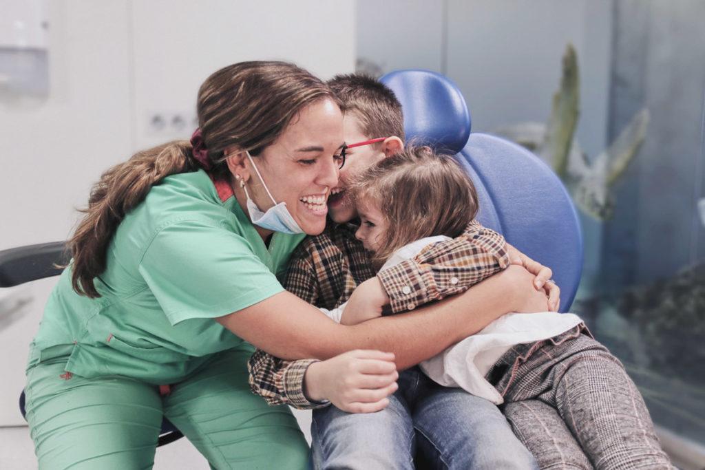 Clínica especializada en tratamientos dentales para niños
